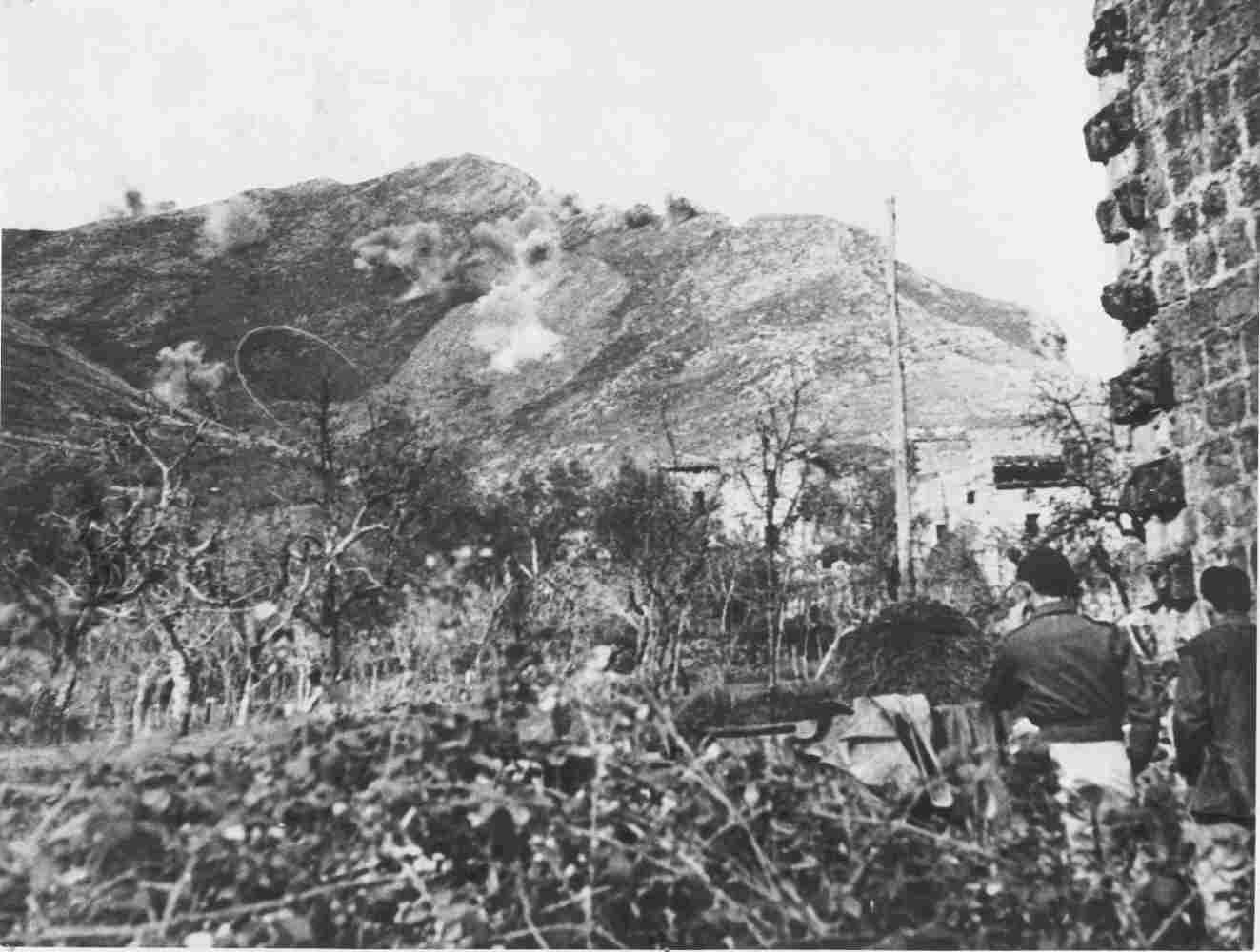 MT. CAMINO   GERMAN MORTARS